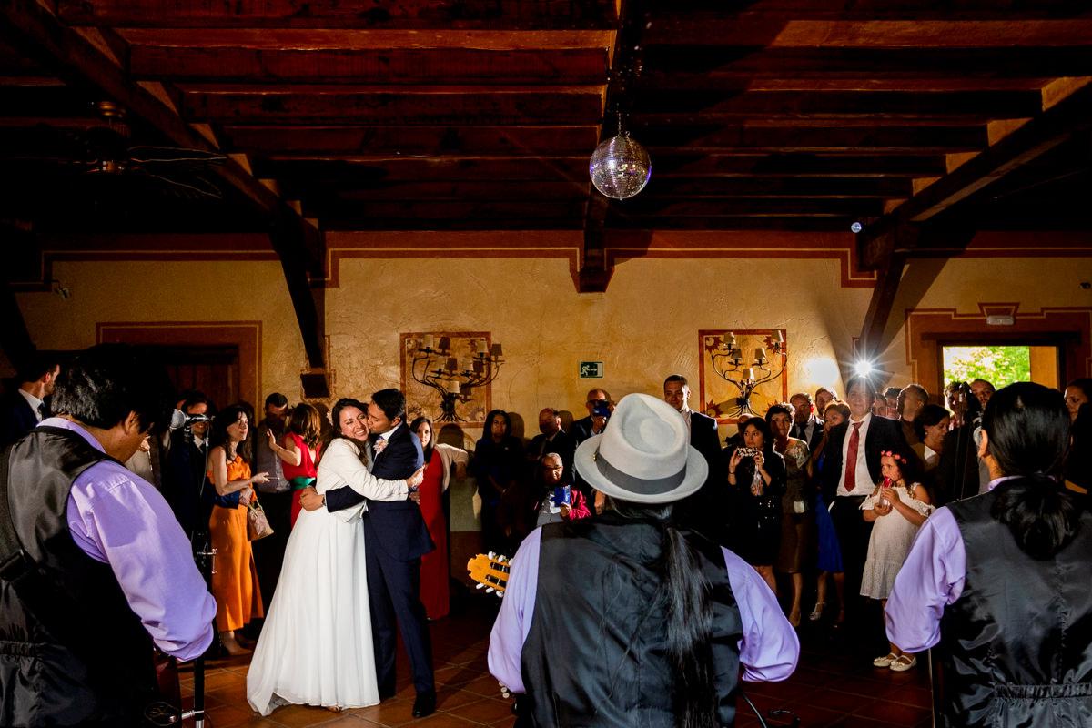 baile en antigua fabrica de harinas