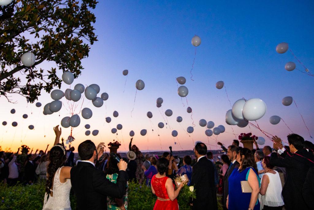 soltar globos en la boda del cigarral de las mercedes