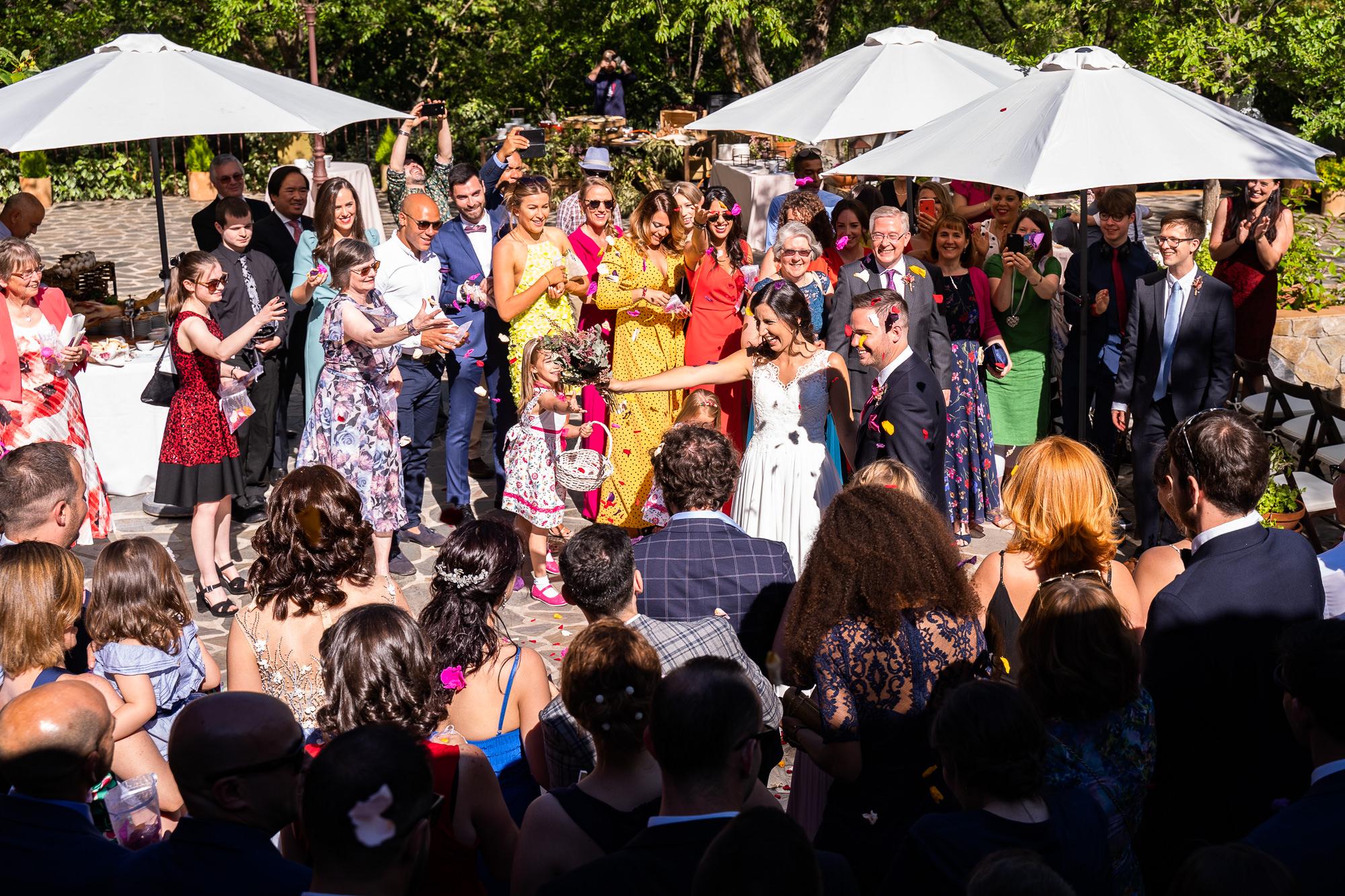 ceremonia civil en el exterior en navalagamella