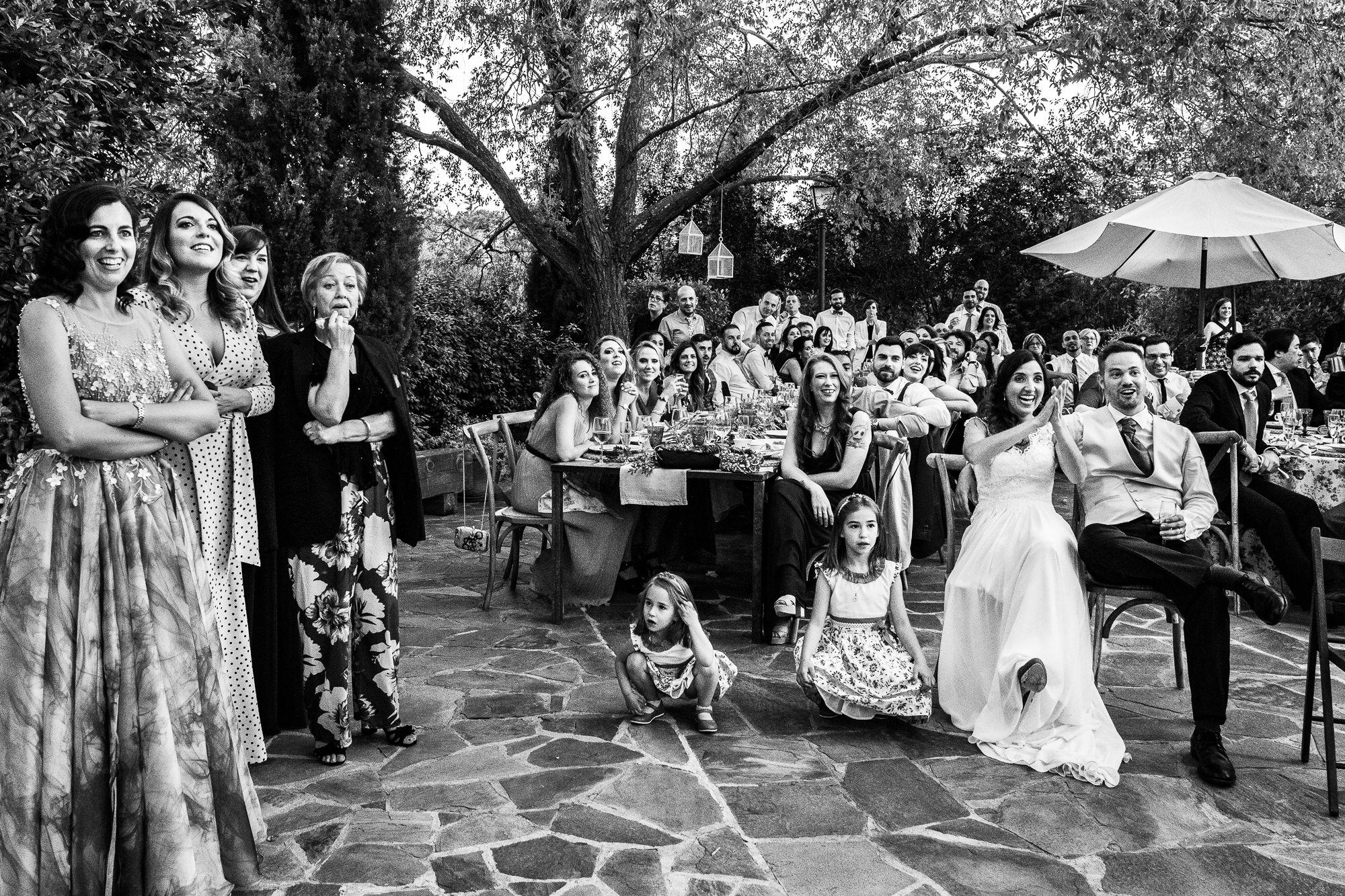 cena de artigot catering durante la boda en encinasola