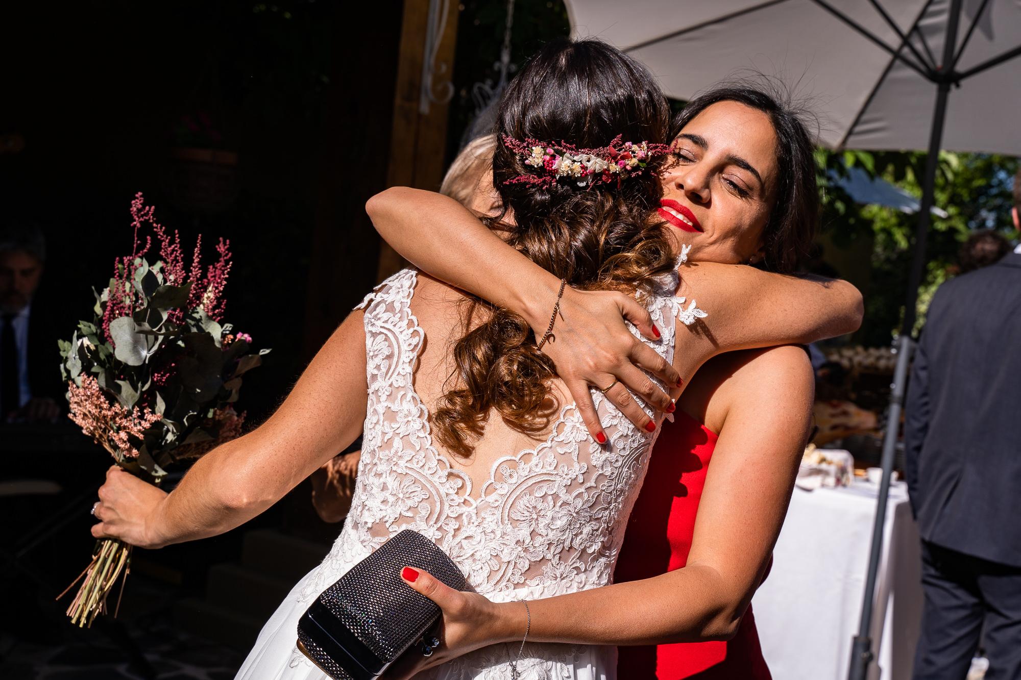 entrega del ramo de novia en la boda