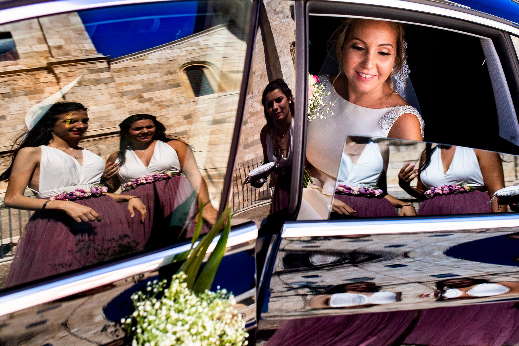 entrada de la novia en la catedral de alcala de henares